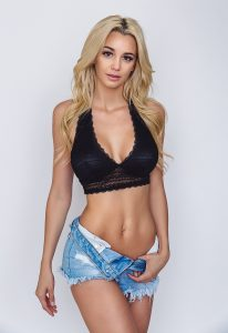 Caitlin Arnett Encinitas fashion studio shoot